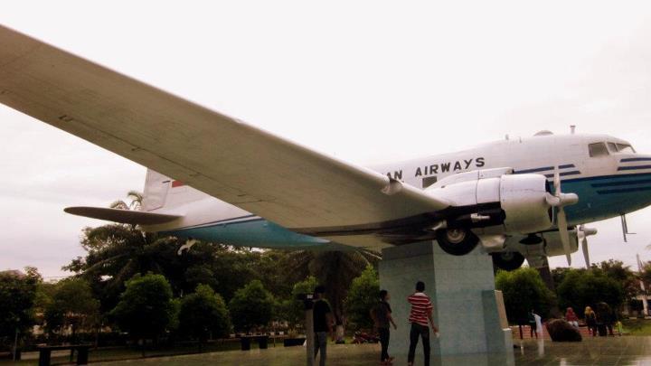 Pesawat Lapangan Blang Padang Banda Aceh Bukan Source Indoflyer Net