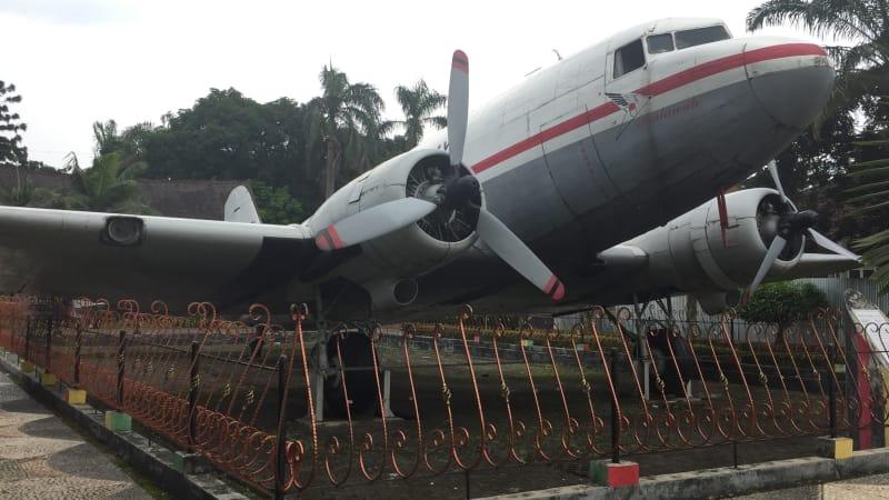 Sulitnya Merawat Pesawat Pertama Ri 001 Hasil Sumbangan Warga Aceh