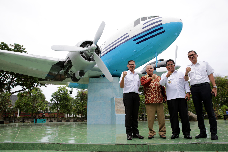 Wajah Replika Dakota Ri 001 Klikkabar Banda Aceh Ulang Tahunnya