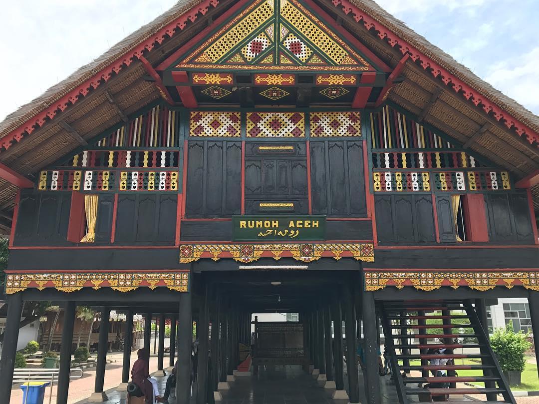 Wisata Budaya Banda Aceh Travel Ruang Media Museum Negeri Kota