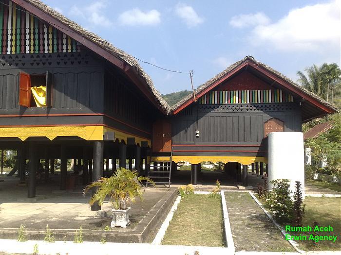 Rumah Aceh Cut Nyak Dhien Banda Museum Kota