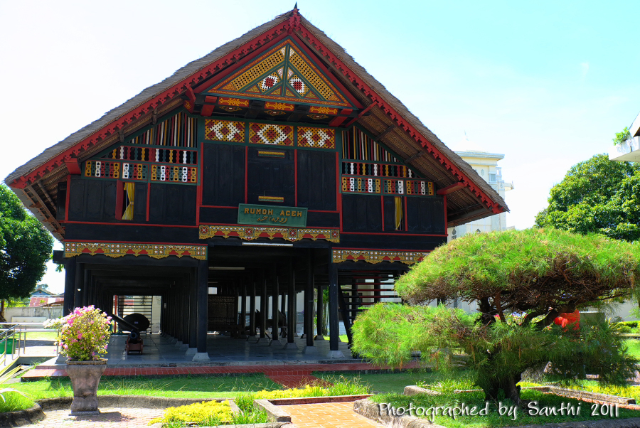 Visit Aceh Telusuri Keindahannya Museum Tsunami Alamat Jalan Sultan Iskandar