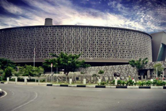 Museum Tsunami Aceh Info Sebuah Banda Dirancang Sebagai Monumen Simbolis