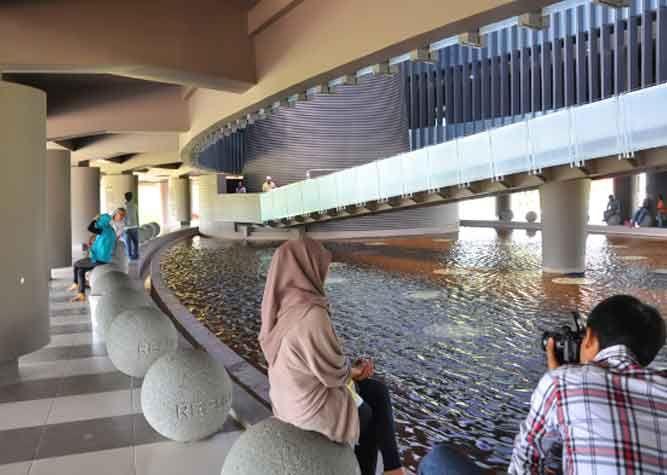 Tempat Wisata Aceh Museum Tsunami 1 Pinterest Museums Musium Kota
