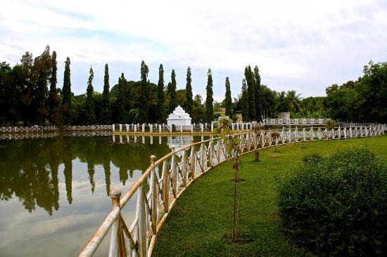 Pinto Khop Taman Putroe Phang Picture Gunongan Park Banda Aceh
