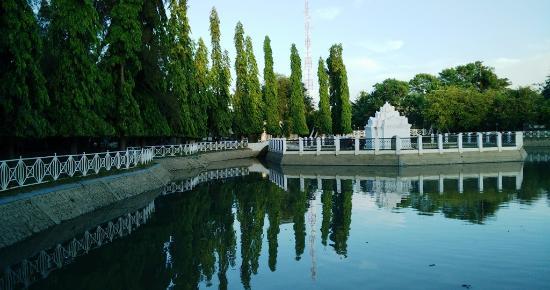 Taman Picture Putroe Phang Banda Aceh Tripadvisor Pintu Khop Kota
