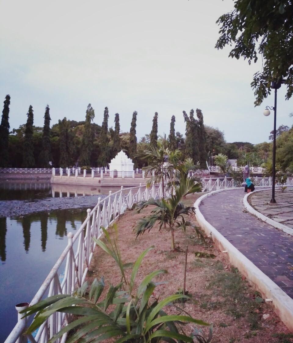 Taman Putroe Phang Park Indonesia English Steemit Tidak Menjadi Penghambat