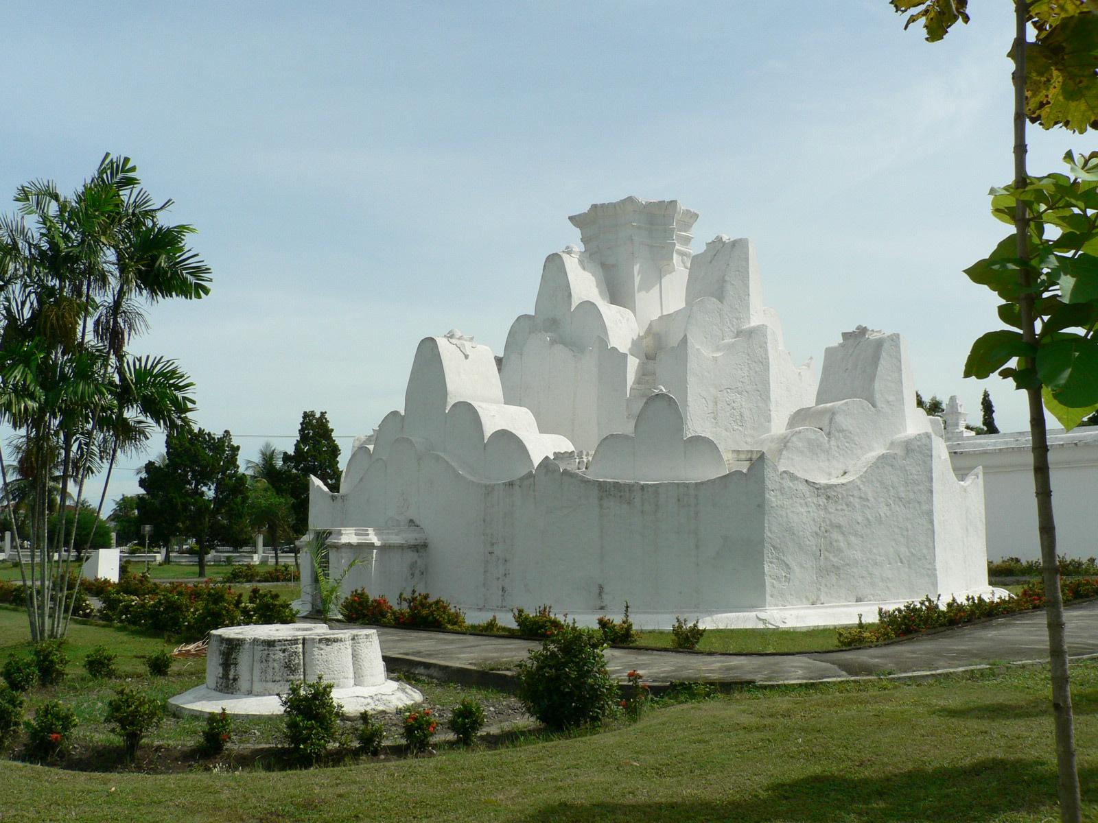 Taman Putroe Phang Polem Sagoe Tagged Tinggalkan Komentar Banda Aceh