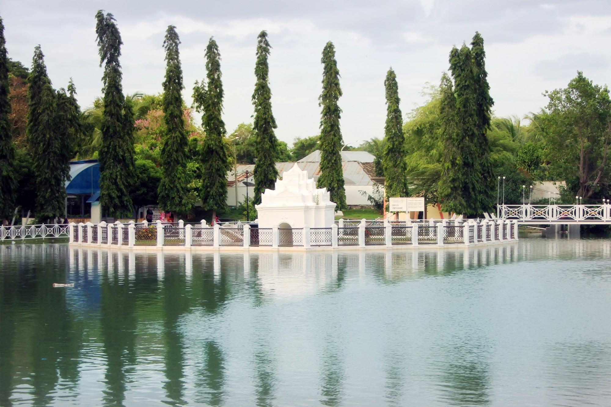 Taman Putroe Phang Sisa Kejayaan Wahana Kreatifitas Dahulu Gerbang Penghubung