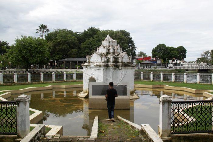 Wisata Taman Putroe Phang Antara Foto Pengunjung Berada Lokasi Sejarah
