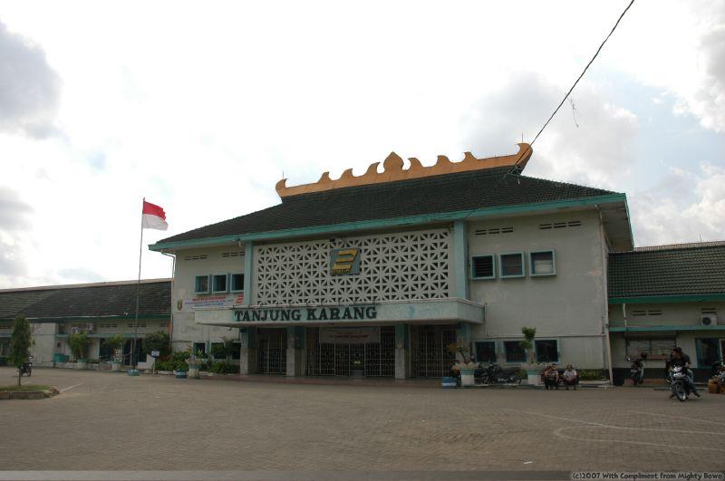 Bandar Lampung Liyanaacitra Rajabasa Stasiun Kereta Tanjung Karang Lungsir Taman