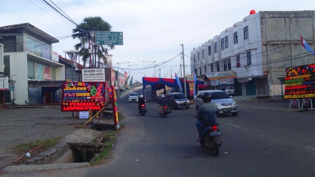 Bandar Lampung Streetscape City Transportation Images Jlnt Kimaja Dibalau 1