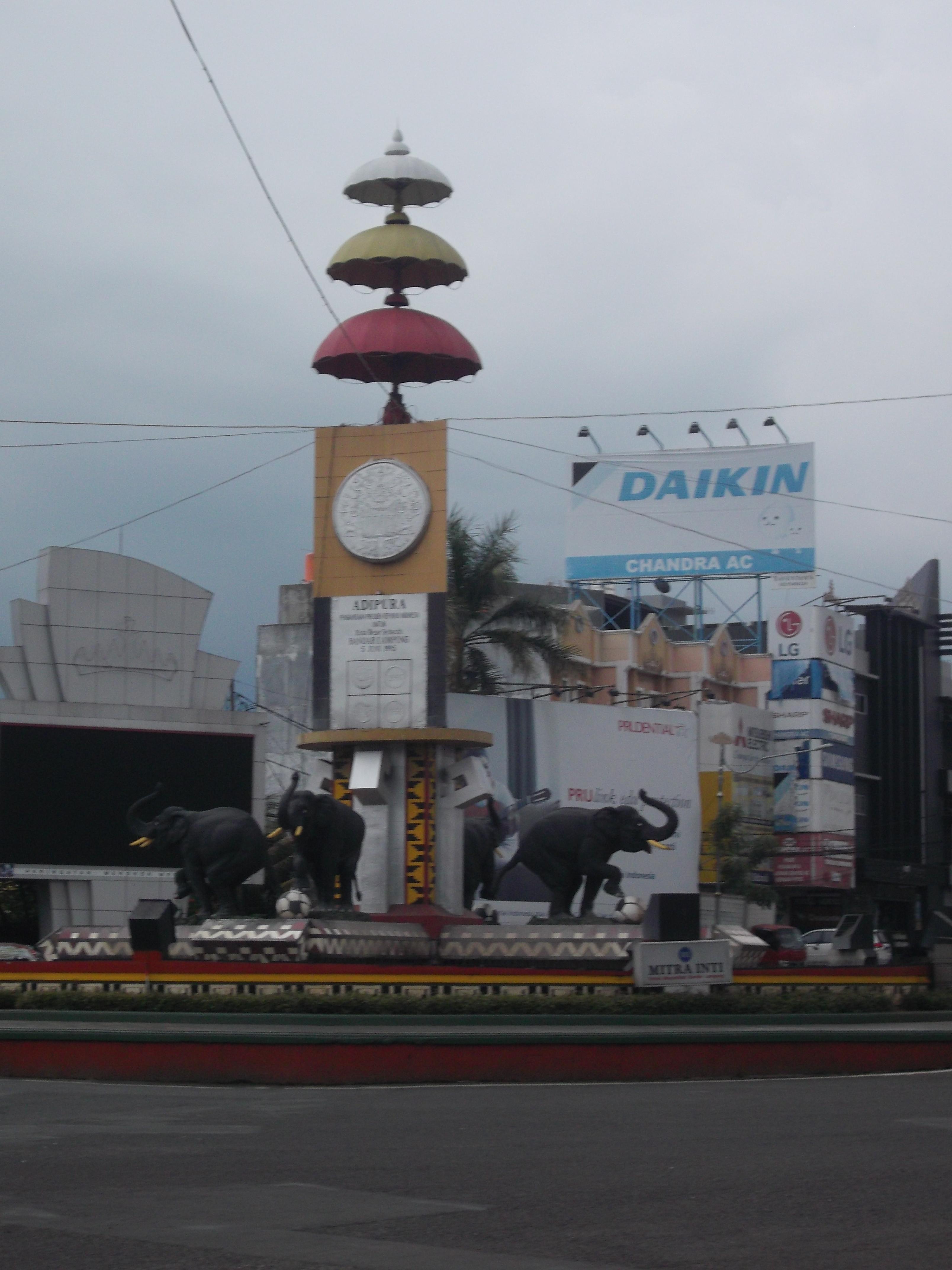 Berkunjung Bandar Lampung Berikut Tempat Selfie Keren Bundaran Gajah Penyebutan
