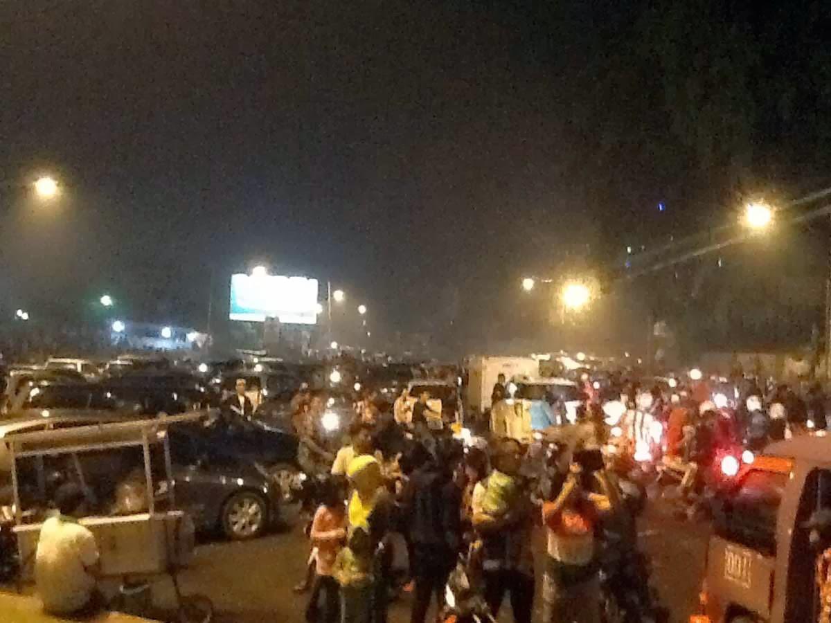 Meriah Pesta Bundaran Tugu Pengantin Bandar Lampung Lungsir Taman Kota
