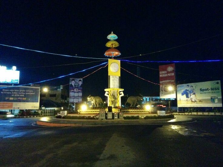 Tempat Nongkrong Bandar Lampung Blog Bnesia Bundara Biasanya Ramai Malam