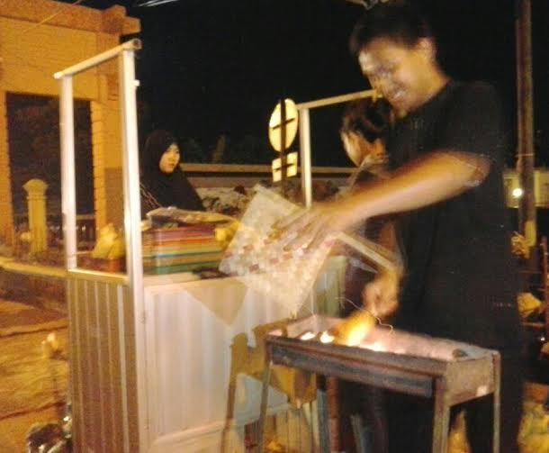 Malam Penjual Jagung Bakar Bandar Lampung Panen Pedagang Depan Museum