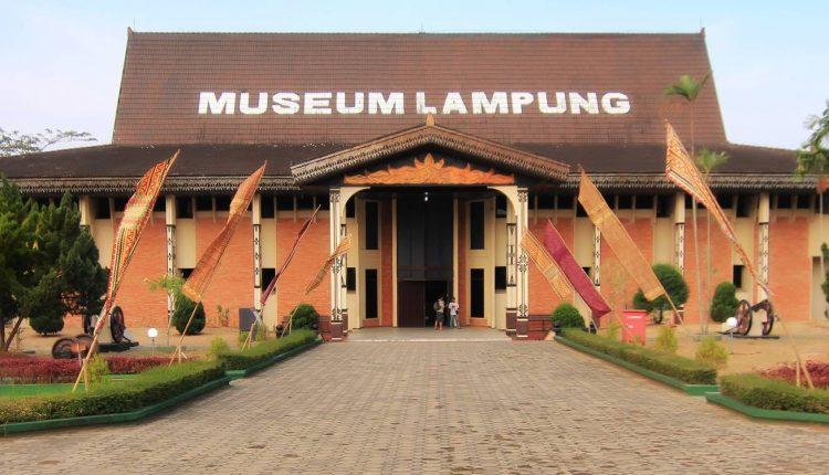 Museum Negeri Provinsi Lampung Ruwa Jurai Musium Kota Bandar