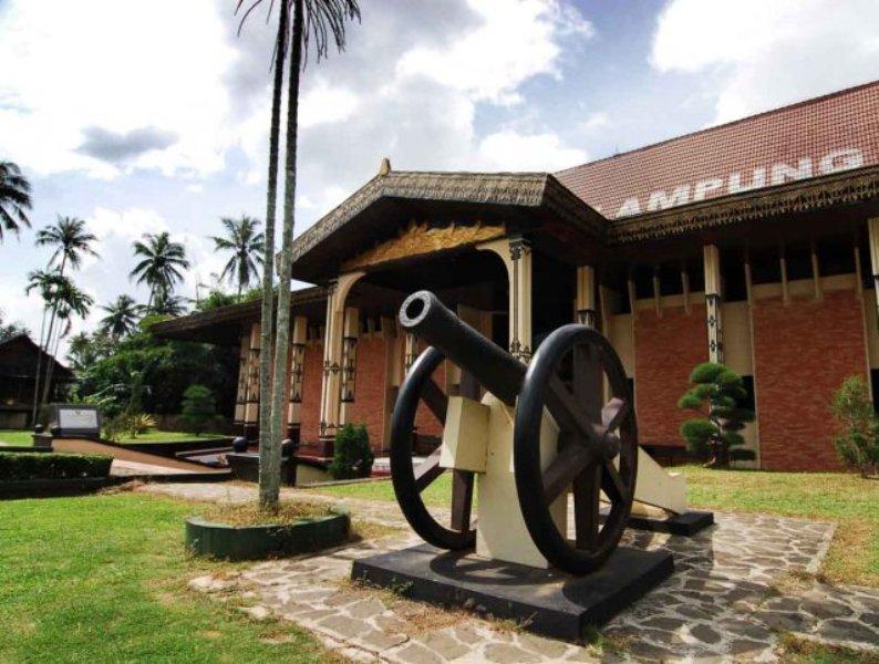 Museum Ruwa Jurai Destinasi Wisata Lampung Butuh Perhatian Portal Musium