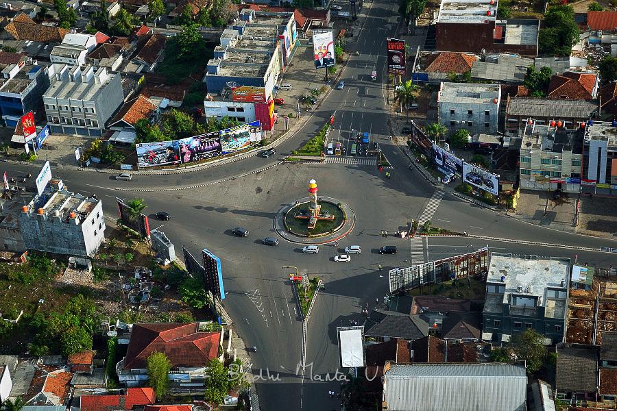 Kota Bandar Lampung Dilihat Udara Keliling Tugu Adipura Ruwa Jurai