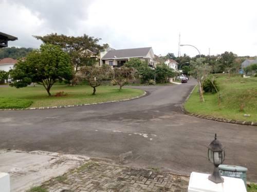 Citra Garden Guest House Prices Photos Reviews Address Bandar Hotel