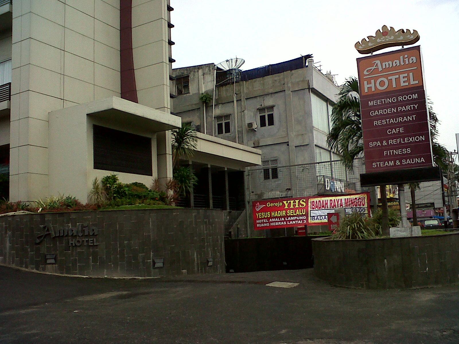 Muhammad Rizky Hotel Amalia Penginpan Lampung Nyaman Hangat Aman Museum