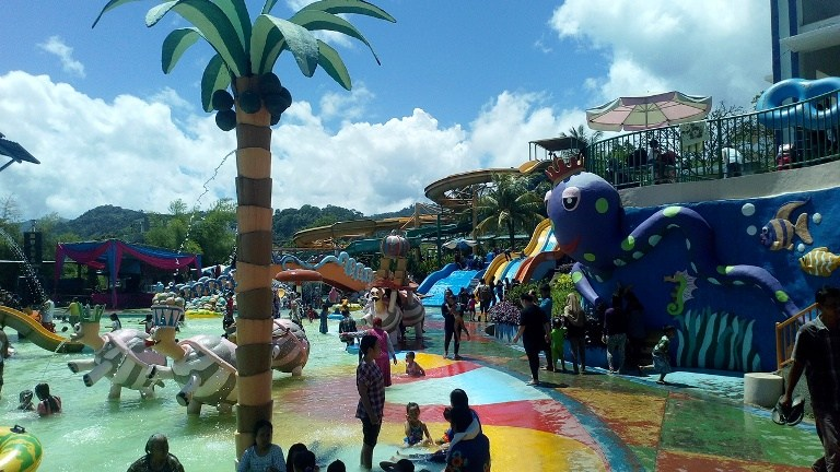 Sensasi Citra Garden Water Park Bandar Lampung Vovo Blog Liburan