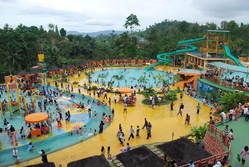 Serunya Bermain 4 Waterpark Bandar Lampung Info Net Berlibur Bersama