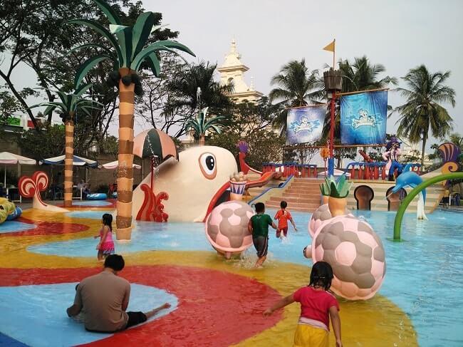 Waterpark Citra Garden Lampung Kolam Renang Anak Banget Menemani Alya