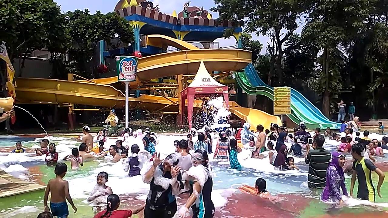 Waterpark Citra Garden Youtube Taman Air Kota Bandar Lampung