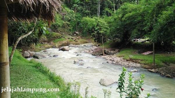 Wira Garden Lampung Tempat Wisata Alam Bandar Adem Sungai Arum