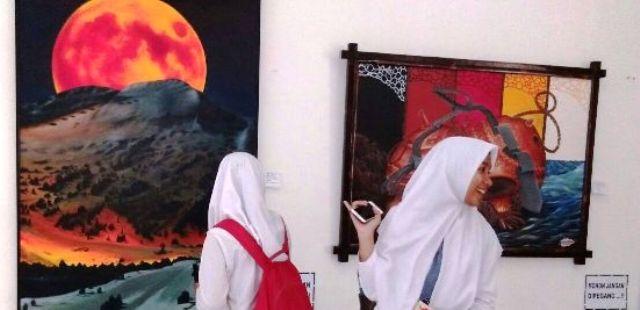 Pajang 77 Lukisan Pameran Dkl Taman Budaya Lampung Diikuti Dua