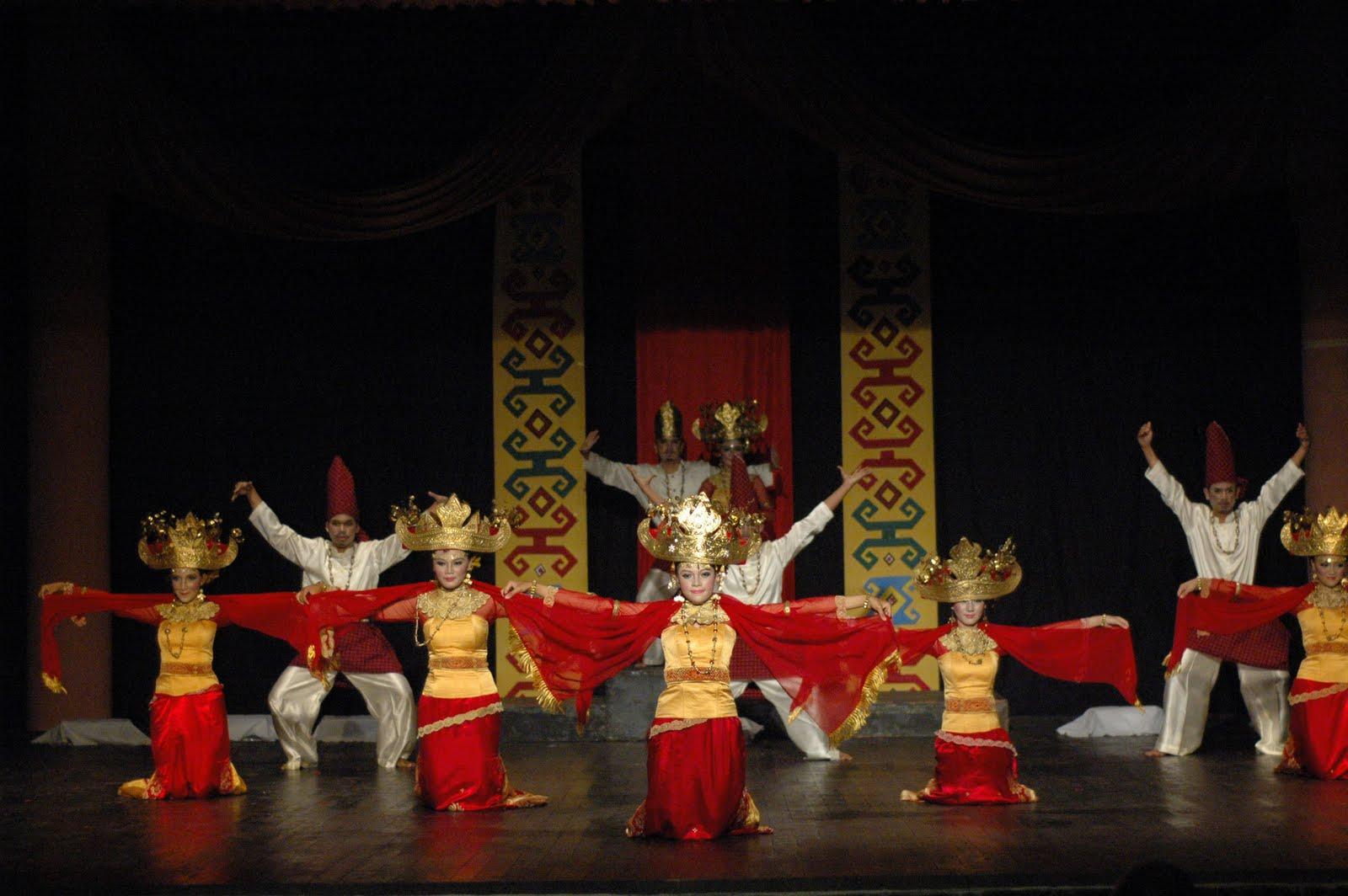 Ulun Lampung Tari Taman Budaya Helat Lomba Koreografi Bandar Lampost