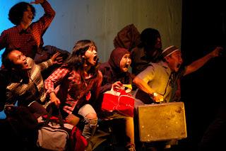 Ulun Lampung Teater Membangun Surga Kita Sendiri Rumah Komunitas Berkat