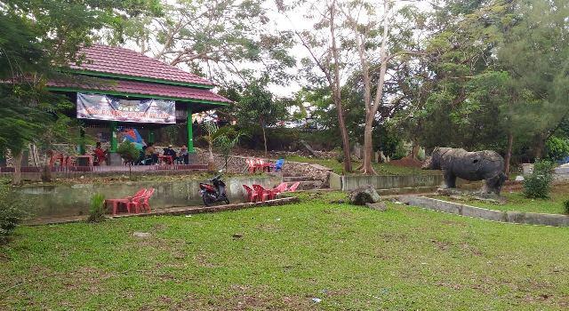Dicaplok Polda Lampung Kondisi Terkini Taman Dipangga Sejumlah Warga Kongko