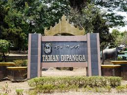 Pesona Sejarah Taman Dipangga Bandar Lampung Universitas Gambar Relief Krakatau