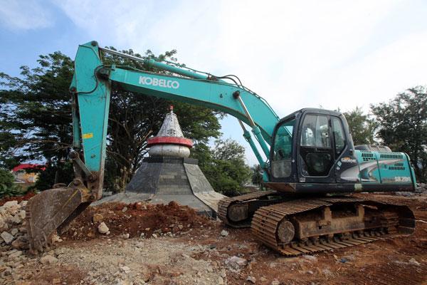 Titik Nol Bandar Lampung Tergerus Lampost Taman Dipangga Kota