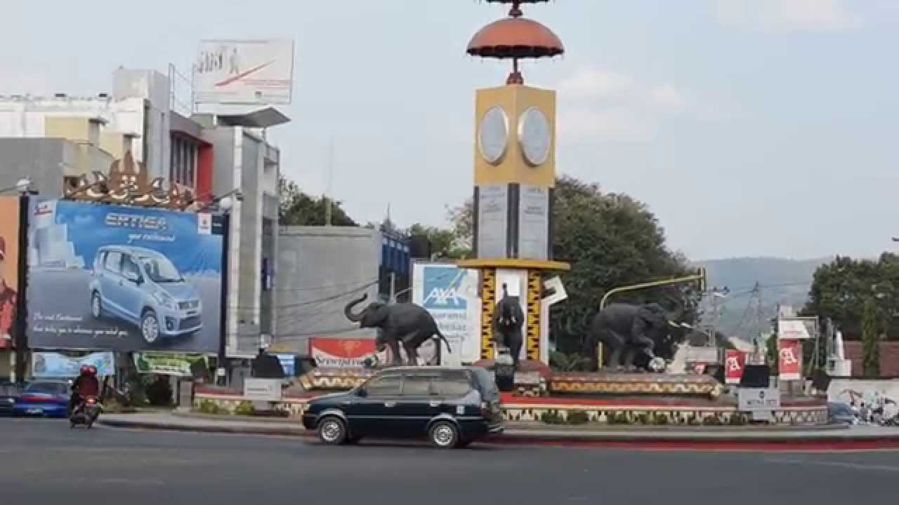 Bundaran Patung Gajah Bandar Lampung Youtube Taman Kota