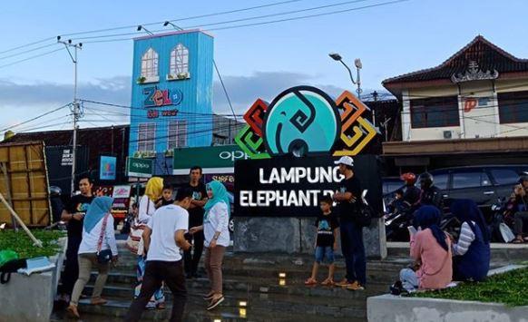 Gubernur Lampung Ridho Ficardo Resmikan Elephant Park Taman Infogeh Bandar