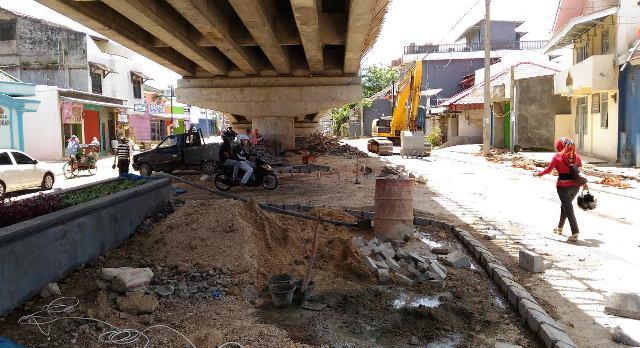 Pembangunan Taman Bawah Flyover Gajah Mada Antasari Dipercepat Pengendara Sepeda