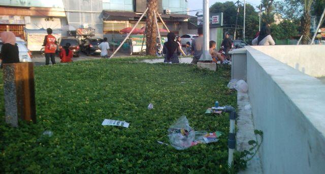 Sampah Taman Gajah Lampung Terlihat Kumuh Duajurai Berserakan Kemarin Juwendra