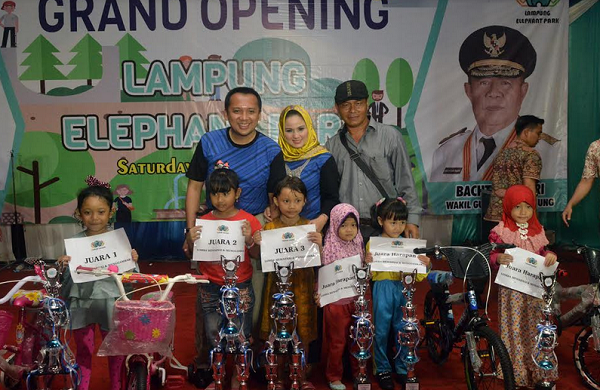 Taman Gajah Lampung Elephant Park Diresmikan Portal Kata Memiliki Fasilitas