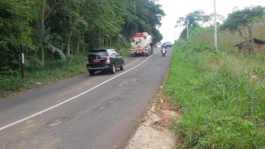 Hati Lubang Jalan Raden Imba Kesuma Bandar Lampung Tanjakan Turunan