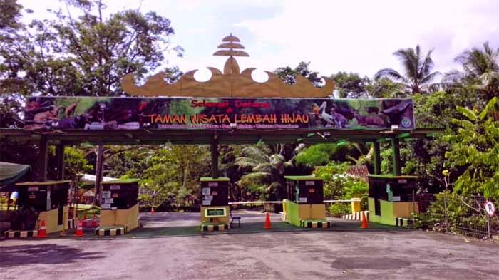 Lembah Hijau Wisata Alam Sajian Lengkap Bandar Lampung Taman Kota
