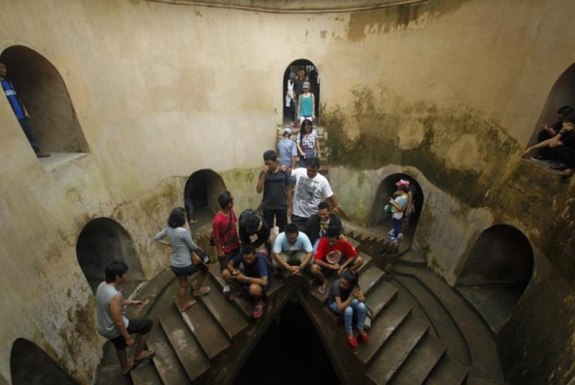 Warga Lampung Padati Tempat Wisata Lembah Hijau Republika Online Taman
