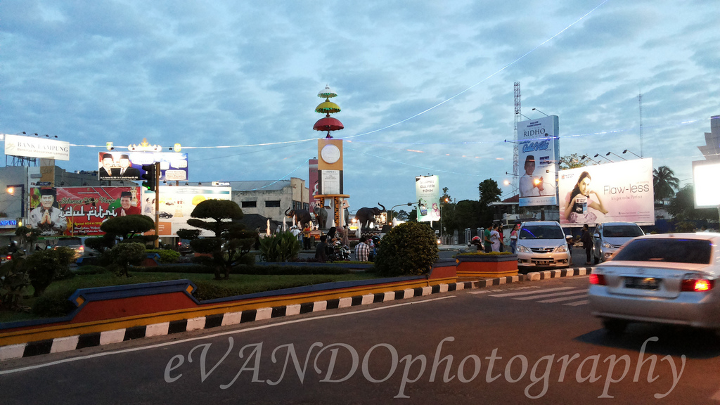 Bandar Lampung Streetscape City Transportation Images Tugu Adipura 10 7