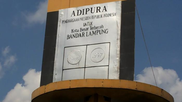 Bundaran Gajah Tugu Adipura Bandar Lampung Tempat Selfie Hingga Tribun