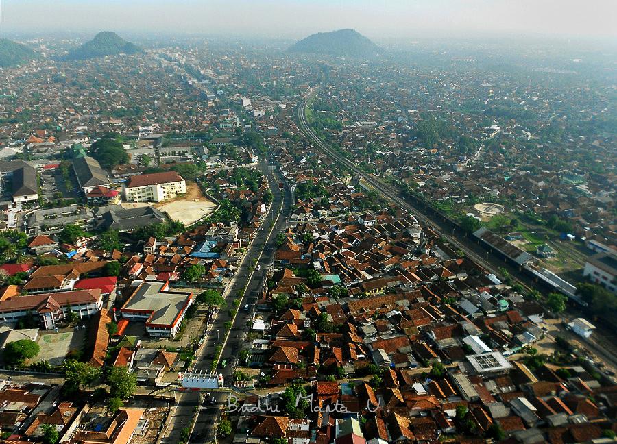 Kota Bandar Lampung Dilihat Udara Keliling Tugu Adipura Hanoman Jalan