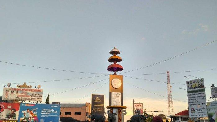 Landmark Tugu Adipura Berlokasi Perempatan Jl Raden Intan Kota Bandar
