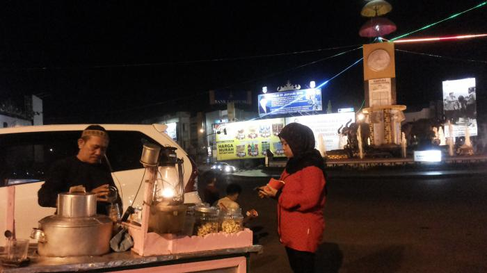 Tugu Adipura Bandar Lampung Mulai Sekuteng Hangat Hingga Kota