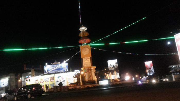 Tugu Adipura Bandar Lampung Mulai Sekuteng Hangat Hingga Lokasi Favorit